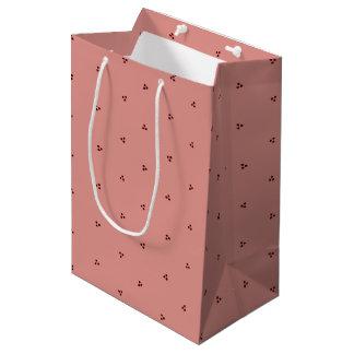 Rot-auf-Rosa Dreifach-Polka Punkt-Geschenk-Tasche Medium Geschenktüte