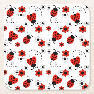 Rote Blumen Marienkäfer-Damen-Bug Floral White Rechteckiger Pappuntersetzer