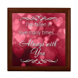 """Rote das Bokeh des Valentinsgrußes Herzen """"immer Große Quadratische Schatulle"""