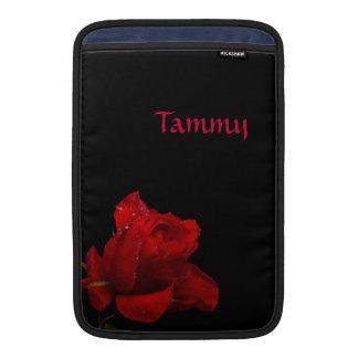 """Rote Rosen sind für Liebe 11"""" MacBook Air Sleeve"""