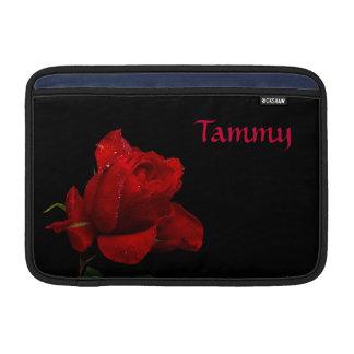 """Rote Rosen sind für Liebe 11"""" MacBook Sleeve"""