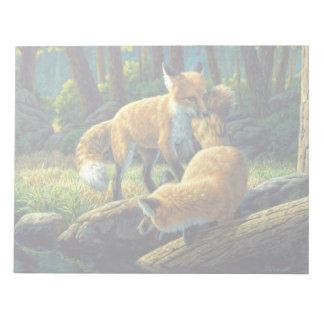 Roter Fox-Welpen-Spielen Notizblock