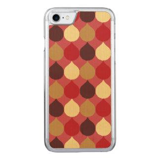 Roter geometrischer Ikat Sahneteardrop kreist Carved iPhone 8/7 Hülle