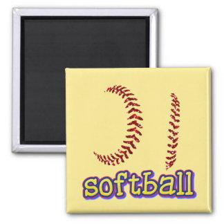 Roter Imitat-GlitterSoftball näht w/Softball Text Quadratischer Magnet