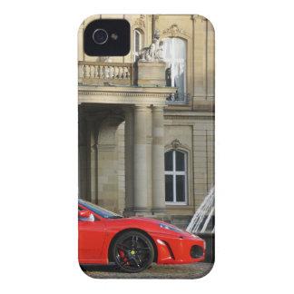 Roter italienischer Sportwagen vor Schloss Case-Mate iPhone 4 Hülle