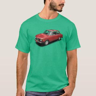 Rotes bayerisches Automobil auf grünem T - Shirt