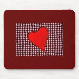 Rotes kariertes Herz Mauspads