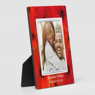 Rotes Mohnblumen-Jungvermählten-Foto-Andenken Fotoplatte