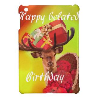 Rotwild mit Geschenken in verspätetem Geburtstag iPad Mini Hülle