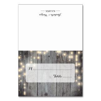 Rustikale Licht-hölzerne Hochzeits-Platzkarte