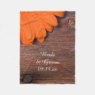 Rustikale orange Gänseblümchen-Land-Hochzeit Fleecedecke