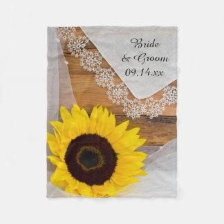 Rustikale Sonnenblume und Spitze-Land-Hochzeit Fleecedecke