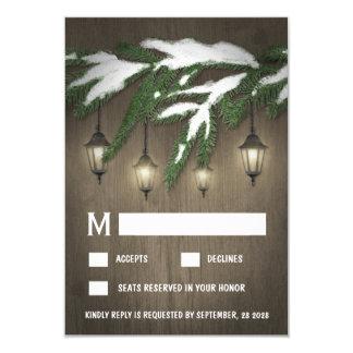 Rustikaler Schnee-immergrüne Laternen-Hochzeit 8,9 X 12,7 Cm Einladungskarte