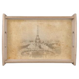 Rustikaler Vintager Eiffel-Turm und Paris Tablett