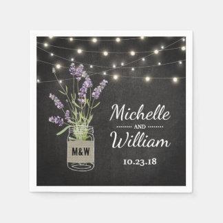 Rustikales Lavendel-Weckglas beleuchtet Hochzeit Serviette