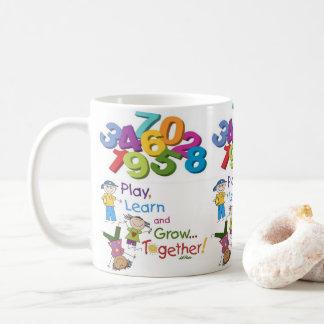 Saft-Tassen-Schalenweiß der Spielkinder Tasse