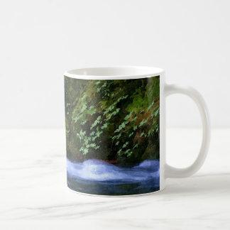 Salz-Nebenfluss an der blauen Pool-Grafik Kaffeetasse