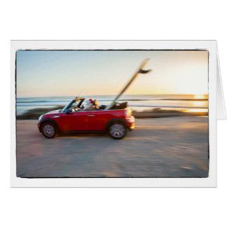Sanktfahren Mini am Strand mit einem SUP Karte