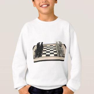 Schachbrett mit Schach-Stücken: Sweatshirt