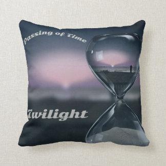 Schärfe Sande des Zeithourglass-Sonnenuntergangs Kissen