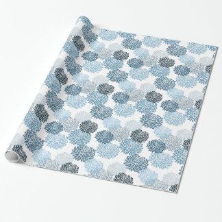Schickes blaues Blumen Geschenkpapier