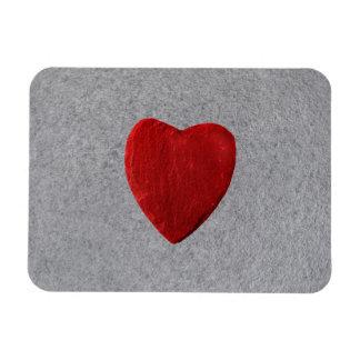 Schieferhintergrund mit Herz Magnet