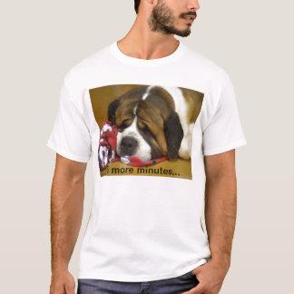 Schläfriger Bernhardiner T-Shirt