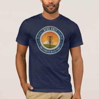 Schlag-Plastik in seinem Platz T-Shirt