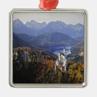 Schloss Deutschlands, Bayern, Neuschwanstein. Quadratisches Silberfarbenes Ornament