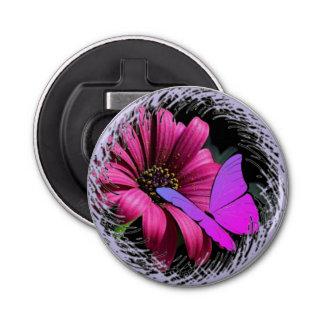 Schmetterling auf Gänseblümchen Flaschenöffner