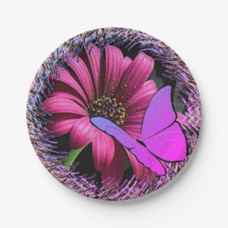 Schmetterling auf Gänseblümchen Pappteller