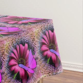 Schmetterling auf Gänseblümchen Tischdecke