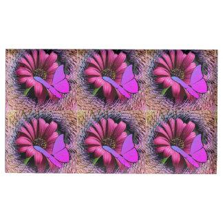 Schmetterling auf Gänseblümchen Tischkartenhalter