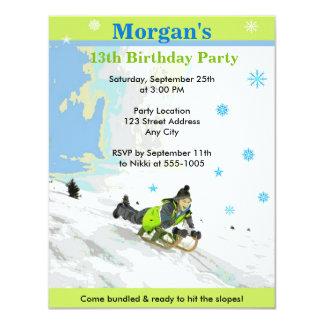 Schnee-laden Sledding Geburtstags-Party ein Karte