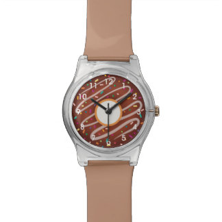 Schokoladen-Krapfen mit Regenbogen besprüht Uhren