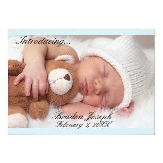 Schöne blaue neugeborene Jungen-Geburts-Mitteilung Karte