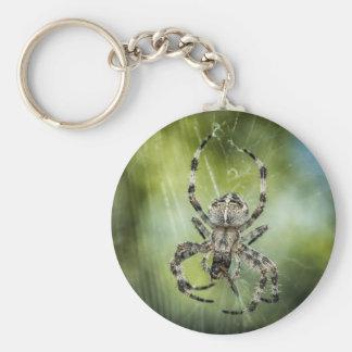 Schöne fallende Spinne auf Netz Schlüsselanhänger