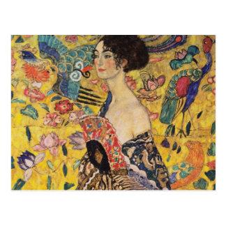 Schöne Frau mit Fan durch Klimt Postkarte