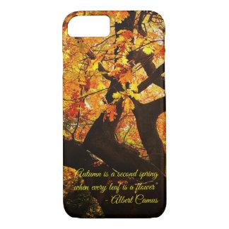 Schöne Herbst-Baum-Kunst mit kundengerechtem Text iPhone 8/7 Hülle