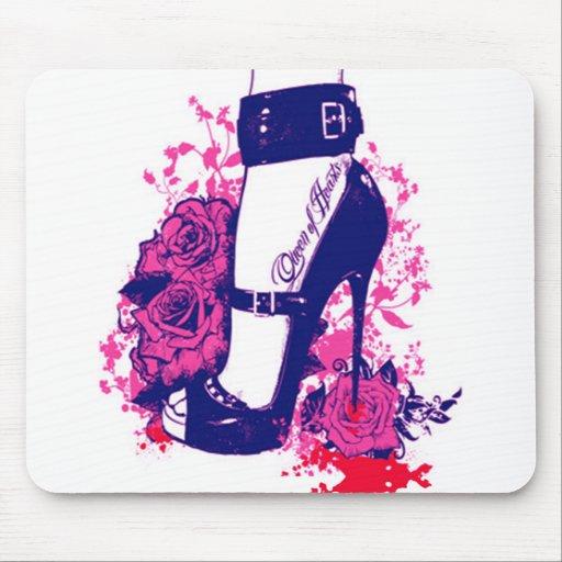 Schöne Königin der Herzen tätowierte Fuß Mousepads