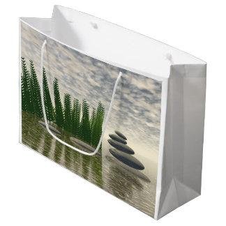 Schöne Zenlandschaft mitten in Wasser Große Geschenktüte