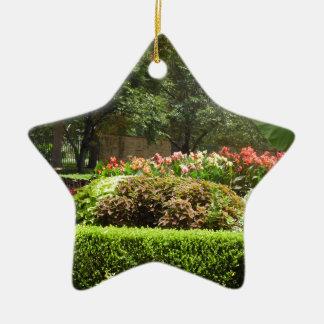 schöner Garten Keramik Ornament