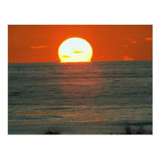 Schöner Sonnenuntergang: South Pacific, Tahiti Postkarte