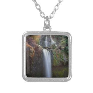 Schöner Wasserfall Versilberte Kette
