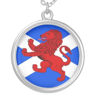 Schottland, zügellose Löweflagge Versilberte Kette