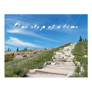 Schrittweise inspirierend postkarte
