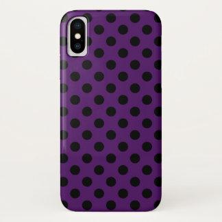 Schwarze Polkapunkte auf der Pflaume lila iPhone X Hülle