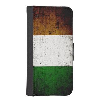 Schwarze Schmutz-Irland-Flagge iPhone 5 Portmonnaies