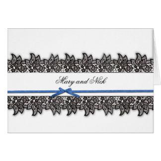 Schwarze Spitze und blaues Band Karte