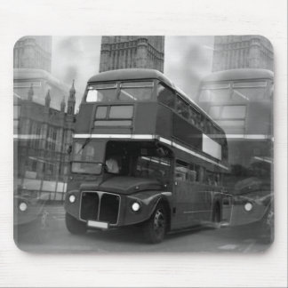 Schwarzer u. weißer London-Bus BWs u. Big Ben Mauspad